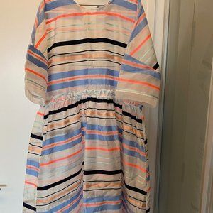 Chic, modern coloured dress